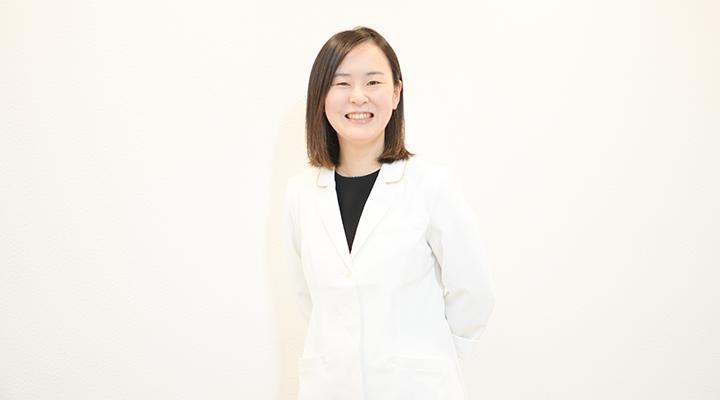 桐井 絢子